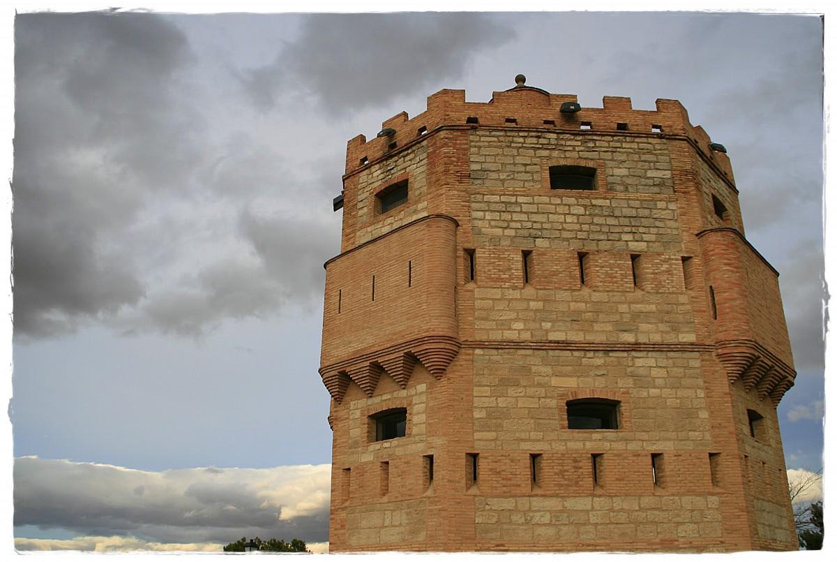 Ascensor nuevo en la Torre Monreal